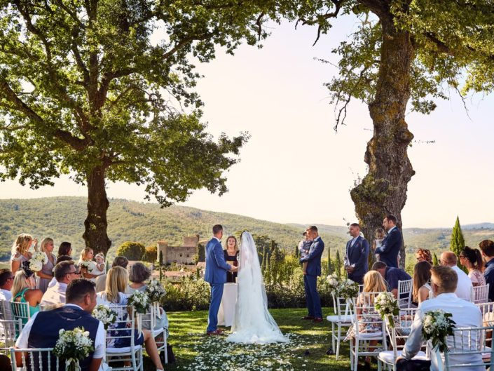English Wedding at Castello di Meleto