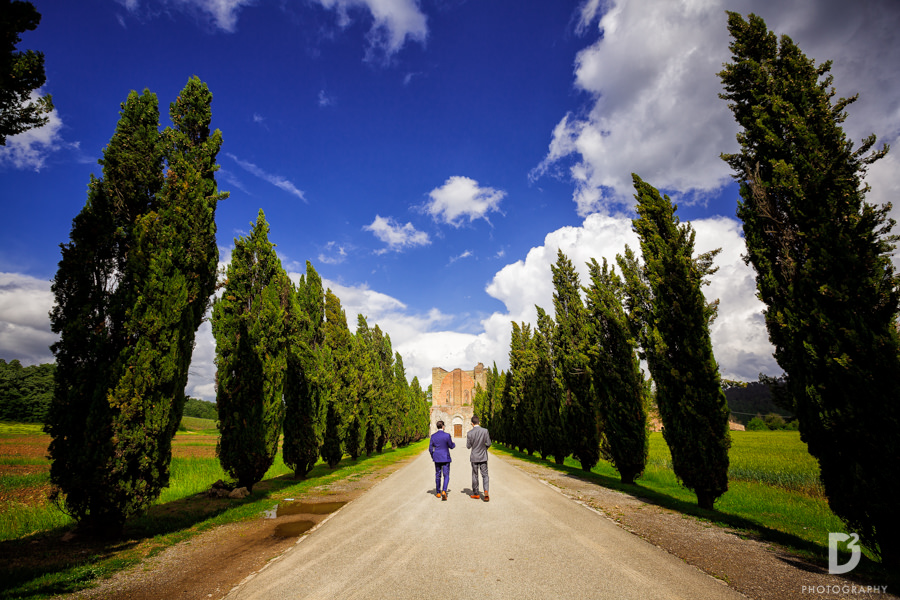 destination wedding photographer Tuscany Italy