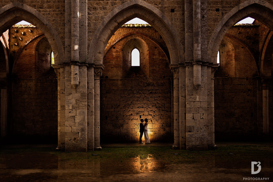 wedding photographer San Galgano Siena Tuscany