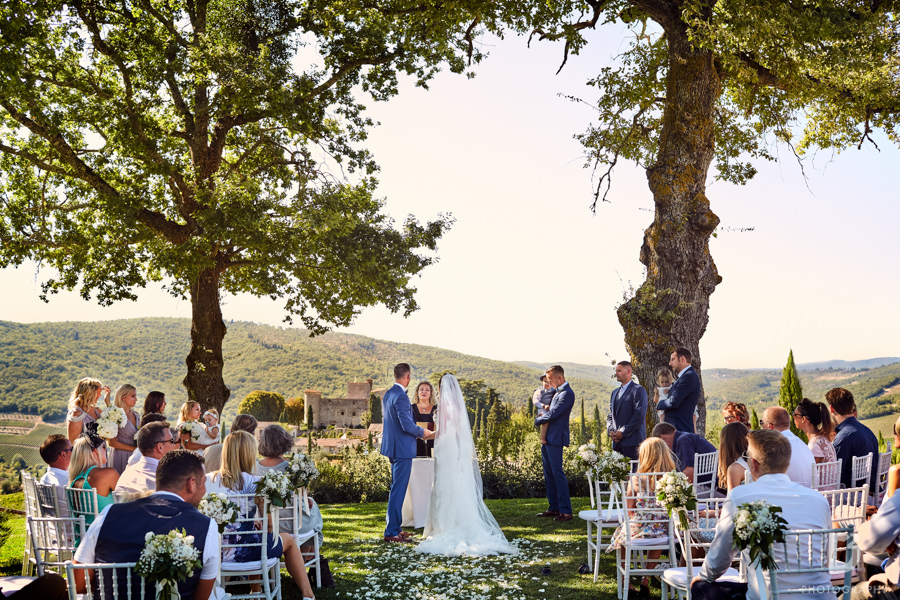 luxury wedding location Tuscany destination wedding in Italy-20
