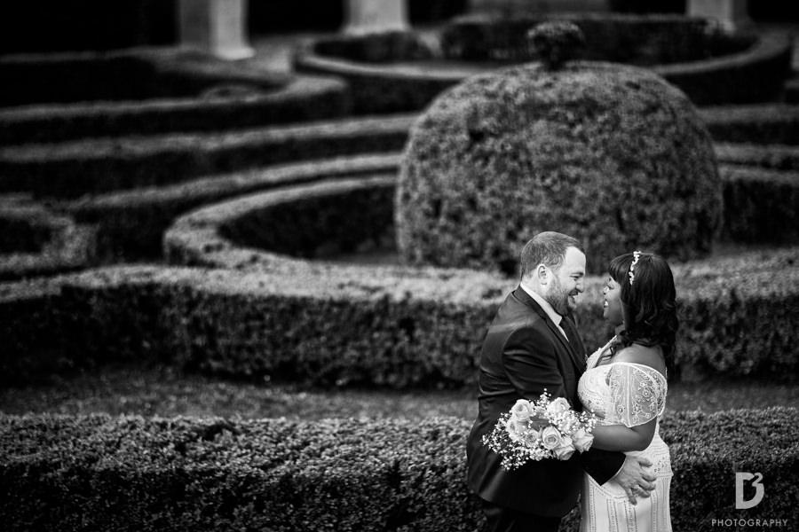 wedding photos in the garden villa-1