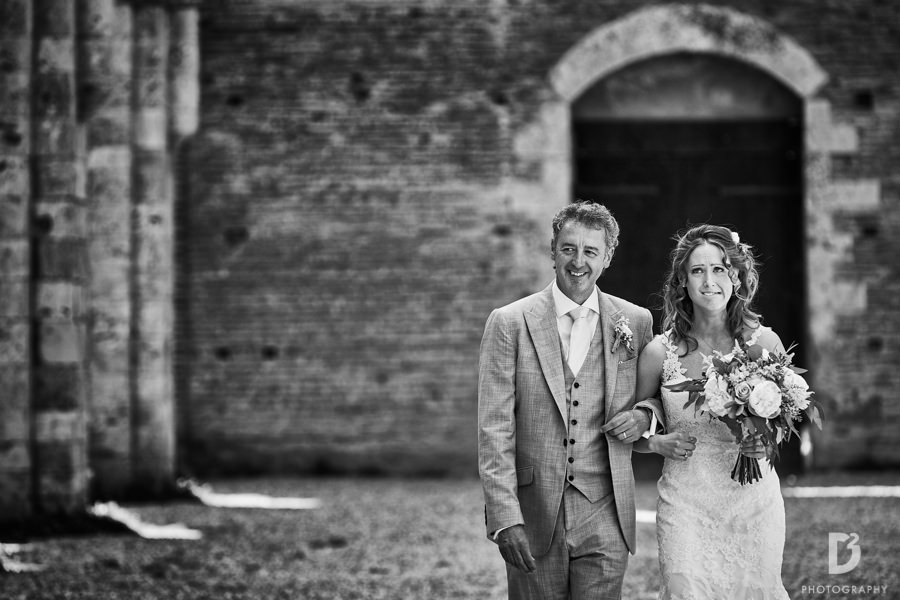 Getting married farmhouse Tuscany-18