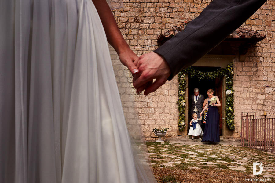 Wedding at Vicchiomaggio Castle in Tuscany-19