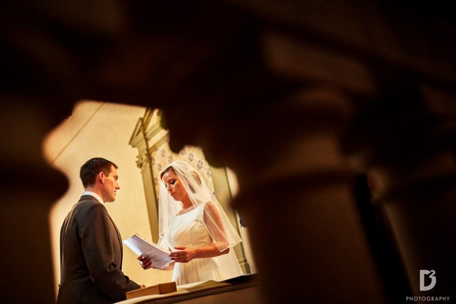 Wedding at Vicchiomaggio Castle in tuscany-16