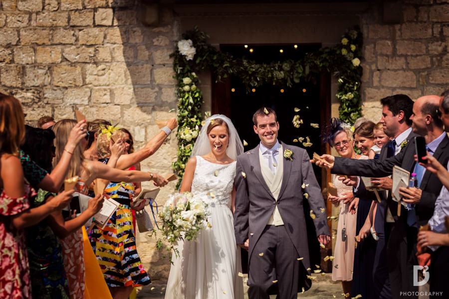 Wedding at Vicchiomaggio Castle in tuscany-18