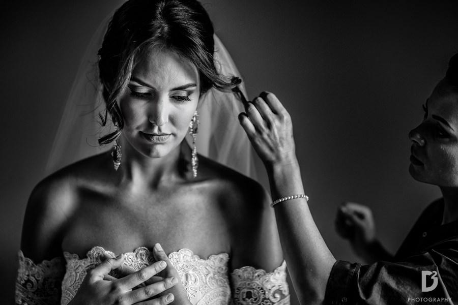 Candid wedding photos in Tuscany Italy-12