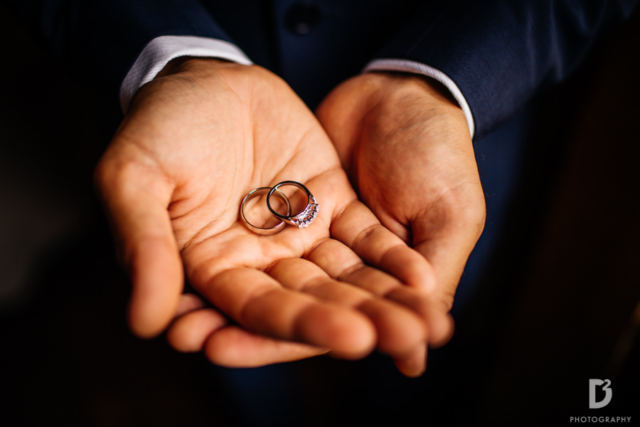 Candid wedding photos in Tuscany Italy-19