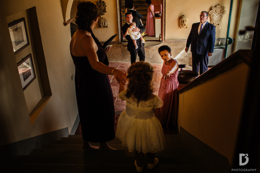 Candid wedding photos in Tuscany Italy-20
