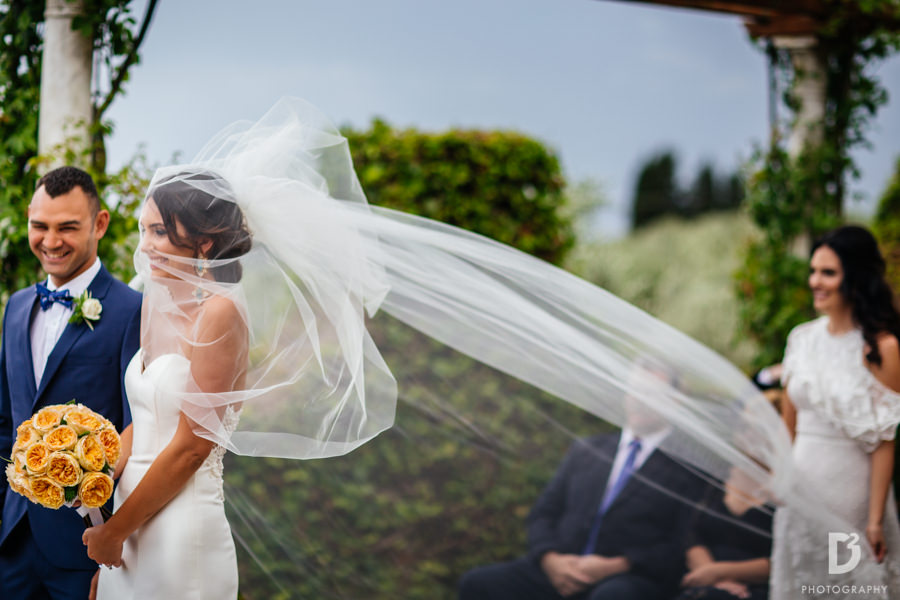 Candid wedding photos in Tuscany Italy-25