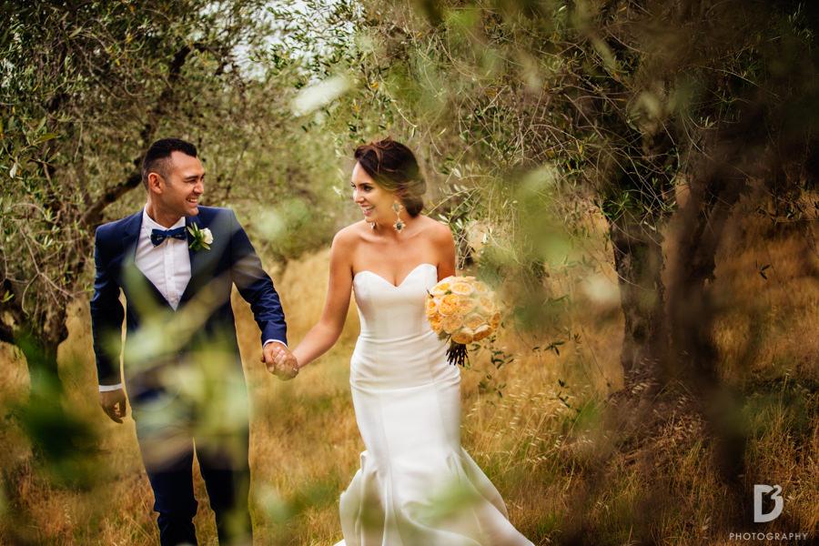 Candid wedding photos in Tuscany Italy-42