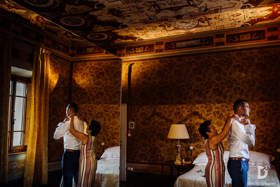 Candid wedding photos in Tuscany Italy-9